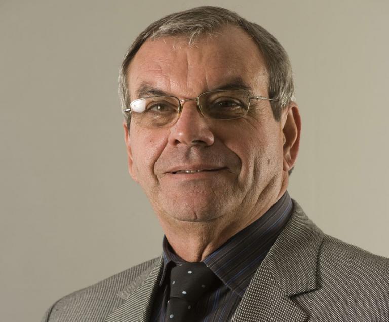 Claudio Manuel 3